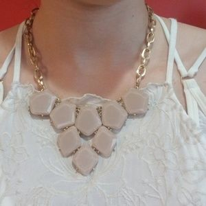 NWOT Soft Pink and Gold Statement Necklace